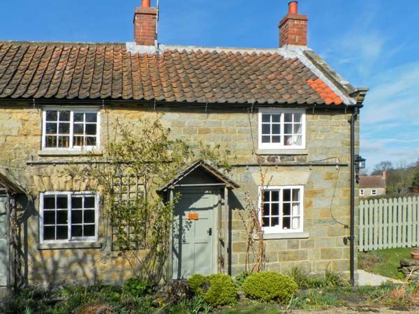 The Old Watchmakers Shop holiday cottage Cropton one bedroom sleeps two people - Self catering accommodation in Cropton near Pickering