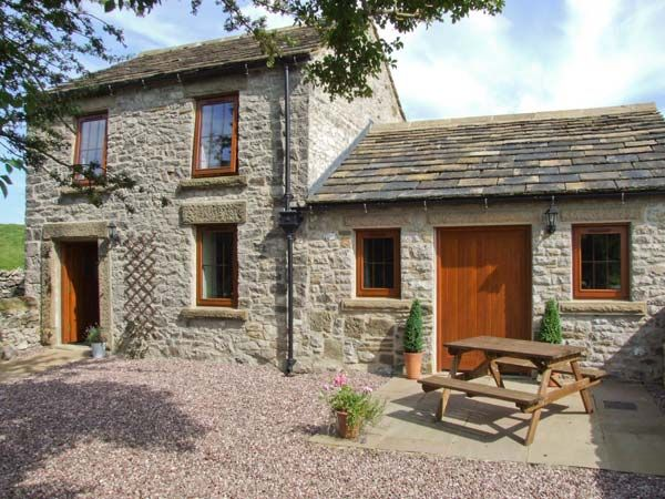 Accommodation Swallows Barn Countryside Cottage, Cressbrook, Peak District (Ref 10368)