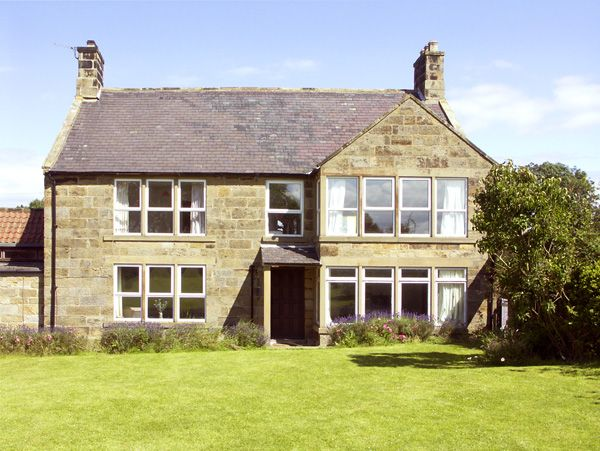 5 bedroom Cottage for rent in Danby