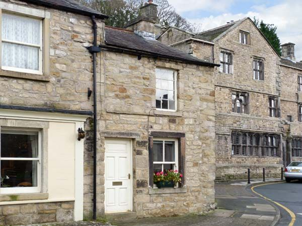 Well Cottage Holiday Accommodation in Settle in Yorkshire Dales Two Bedrooms Sleeps Four Guests