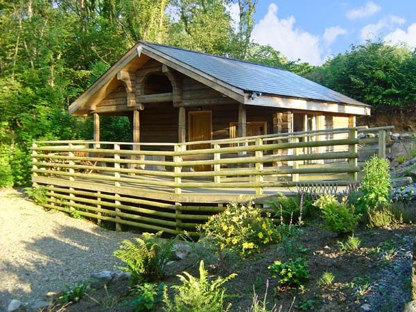1 bedroom Cottage for rent in Amroth