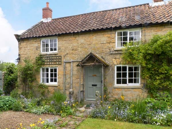 Corner Cottage Cropton Two Bedrooms Sleeps Four People - Holiday accommodation near Pickering