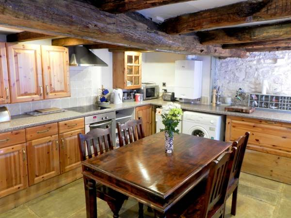 Cherry Tree Cottage Pet-Friendly Cottage, Pickering, North York Moors & Coast (Ref 12416)