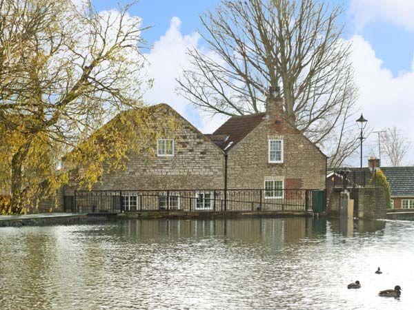5 bedroom Cottage for rent in Doncaster
