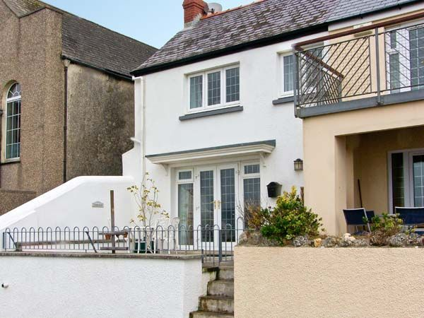 3 bedroom Cottage for rent in Amroth