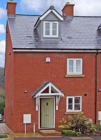 3 bedroom Cottage for rent in Dursley