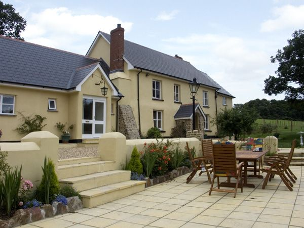 1 bedroom Cottage for rent in Winkleigh
