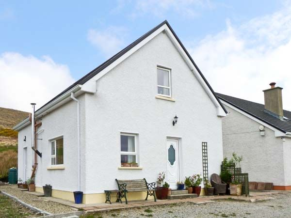 holiday let Glenties Straboy Garden Cottage