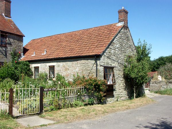 2 bedroom Cottage for rent in Wincanton