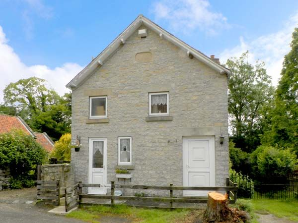 Chapel Cottage Pet-Friendly Cottage, Hutton-Le-Hole, North York Moors & Coast (Ref 17677)
