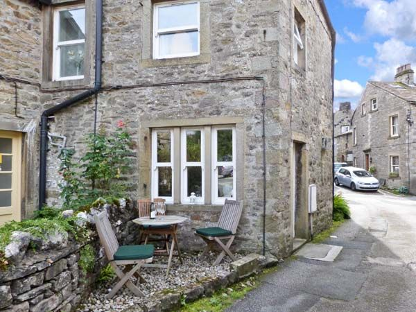 1 Brown Fold Cottage - Two Bedrooms Sleeps Three People Holiday accommodation in Grassington in the Yorkshire Dales