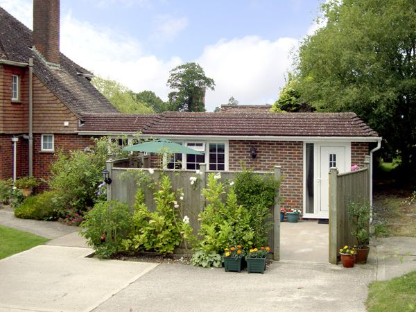 1 bedroom Cottage for rent in Haywards Heath