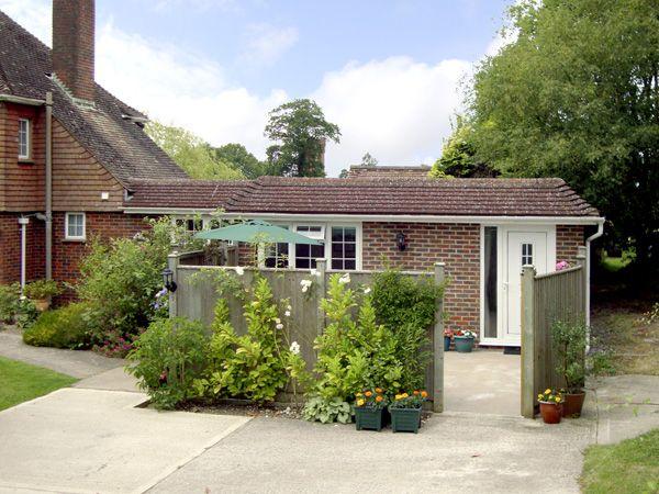 1 bedroom Cottage for rent in Haywards Heath
