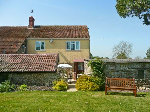 holiday let South Perrott Sockety Farm Cottage