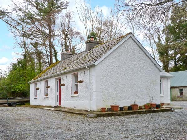 holiday let Kinlough, County Leitrim Tree Grove Cottage