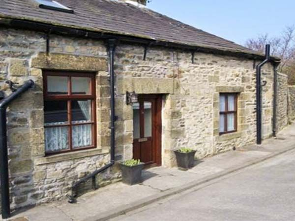 Watershed Cottage Holiday Accommodation in Settle in Yorkshire Dales Two Bedrooms Sleeps Three Guests