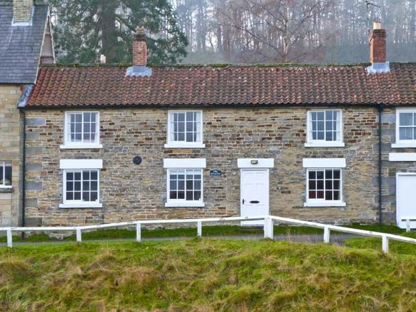 Photo of Brookleigh cottage ( Ref 22745 ) Holiday cottage in Hutton le Hole - Holiday home in North Yorkshire Moors National Park