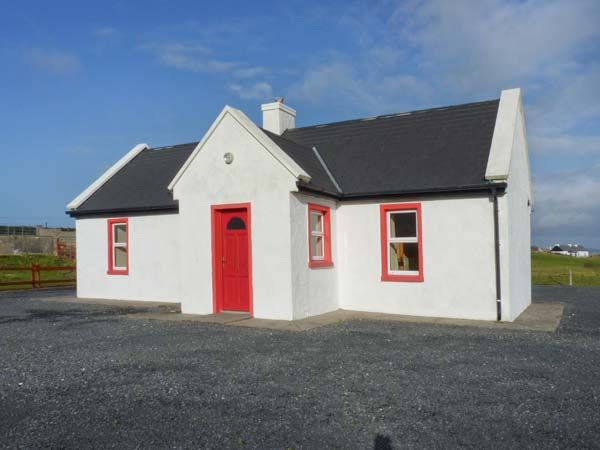 holiday let Achill Island, County Mayo Lakeside Cottage 2