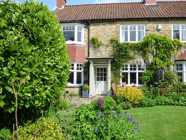 Photo of Park House ( Ref 2376 ) Kirkbymoorside holiday home sleeps 2 - Accommodation in Ryedale North Yorkshire