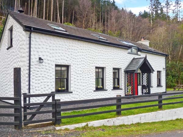 holiday let Glenbeigh, County Kerry Railway Cottage
