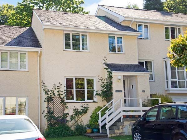 holiday let Bowness & Windermere Rose Cottage