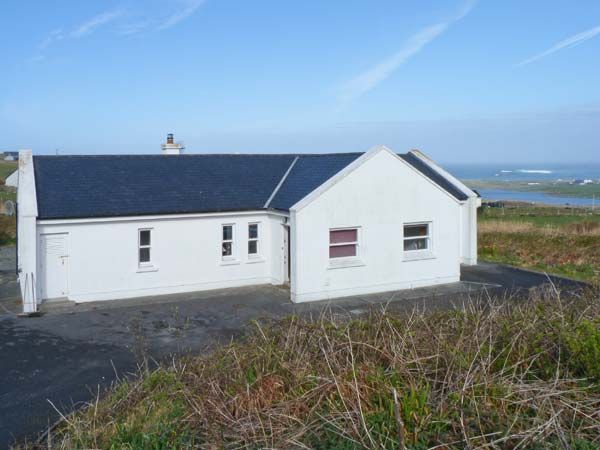 holiday let Louisburgh, County Mayo Montbretia Lodge