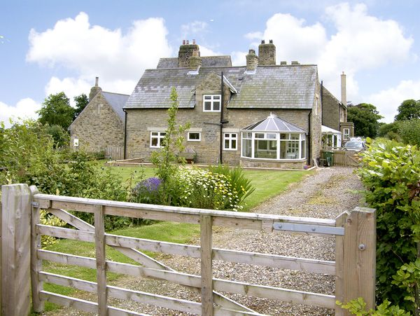 holiday let Warkworth The Annexe, Eastfield Hall