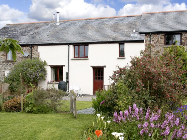 2 bedroom Cottage for rent in Winkleigh