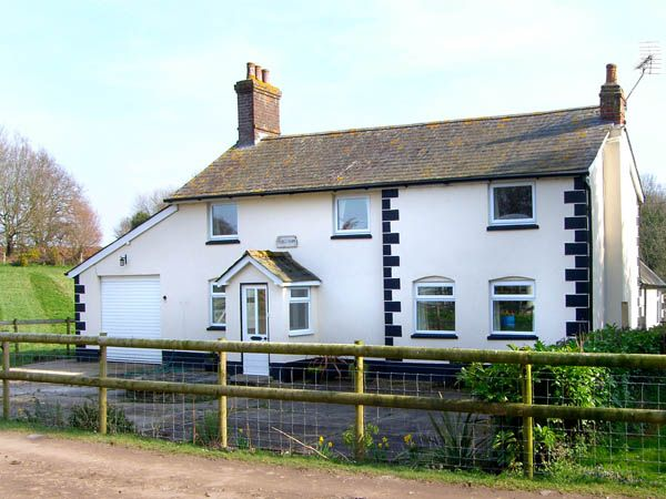 3 bedroom Cottage for rent in Verwood