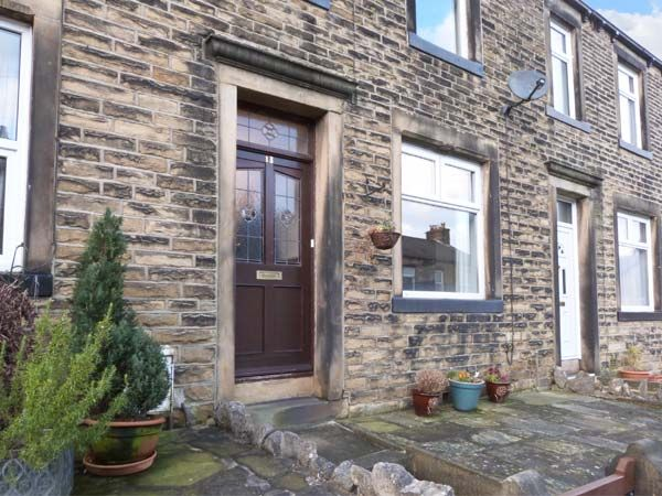 Weavers Cottage Skipton Holiday Cottage One Bedroom Sleeps Two People - Holiday Accommodation near Yorkshire Dales