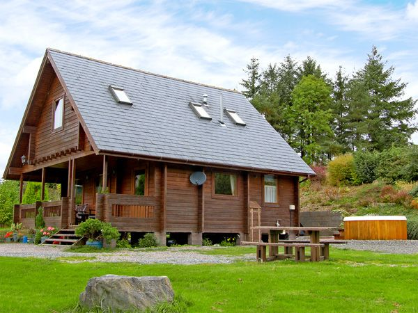 Welsh Holiday Cottages Suran-Y-Coed Family Cottage, Llangunllo, Mid Wales (Ref 3573)
