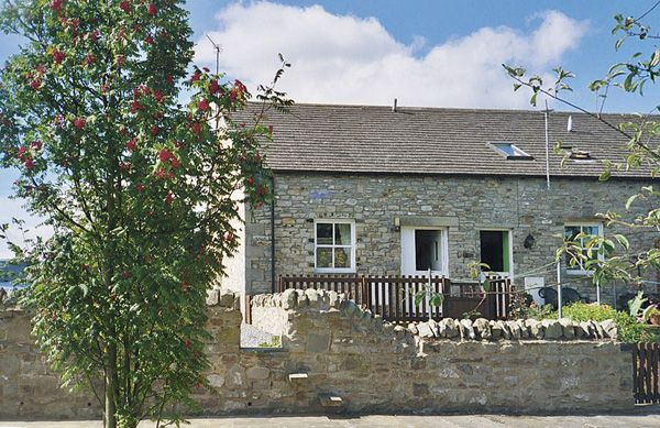 2 bedroom Cottage for rent in Leyburn