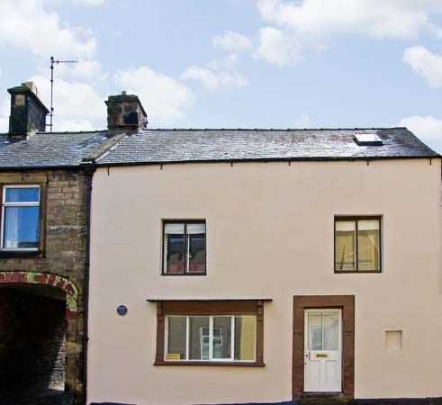2 bedroom Cottage for rent in Haltwhistle