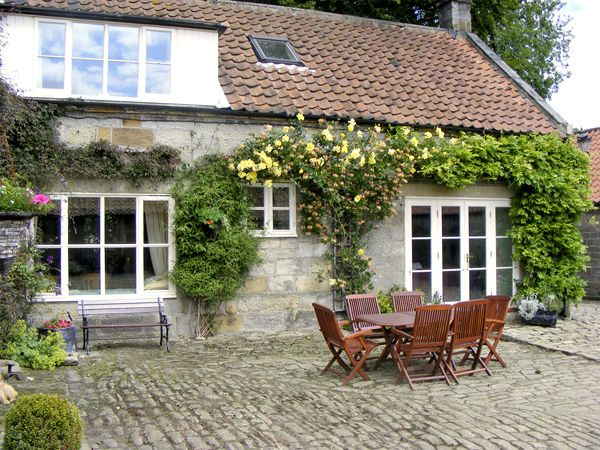 Danby holiday cottages - Photo of Ainthorpe Farm Cottage ( Ref 738 ) Self catering in Ainthorpe near Danby North Yorkshire