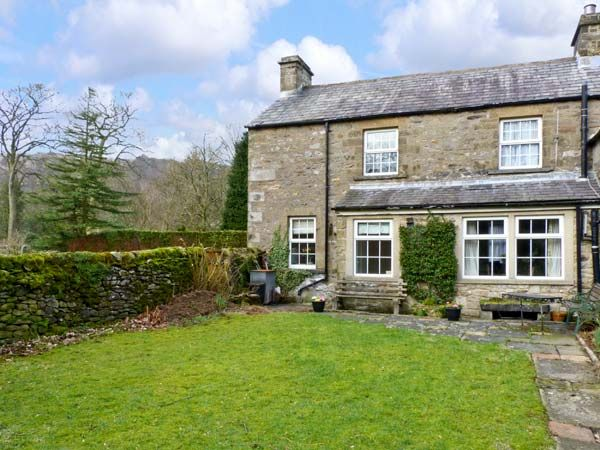 Locks Cottage ( Ref 816 ) Holiday accommodation in Langcliffe near Settle in Yorkshire Dales Two Bedrooms Sleeps Four Guests