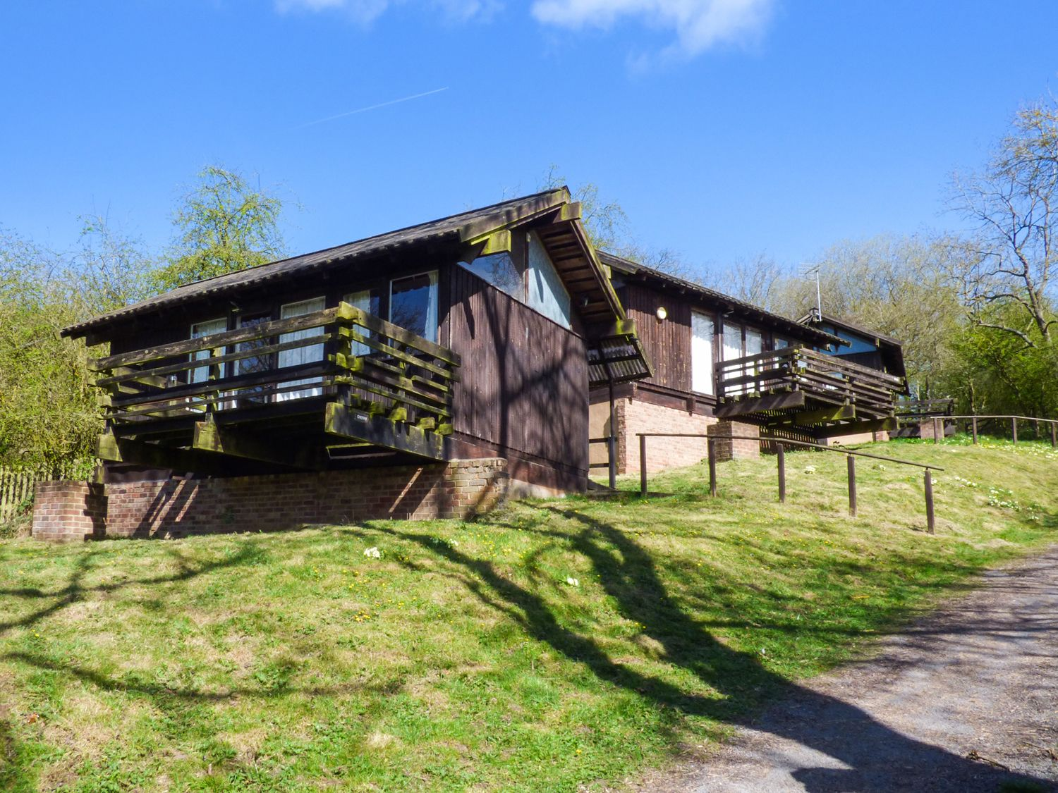 Photo of Cherry ( Ref 903687 ) Ampleforth holiday property near Helmsley - Chalet accommodation in Ryedale North Yorkshire