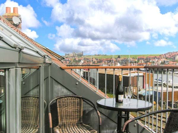 Mariners' Rest ( Ref 905138 ) Whitby self catering accommodation sleeps up to 8
