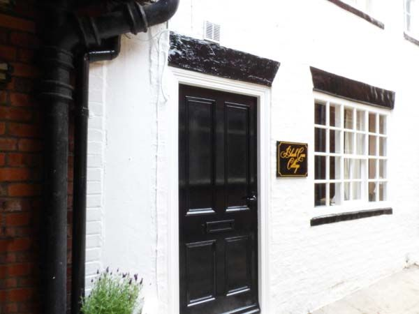 Black Gem Cottage ( Ref 911974 ) Self catering accommodation in Whitby North Yorkshire