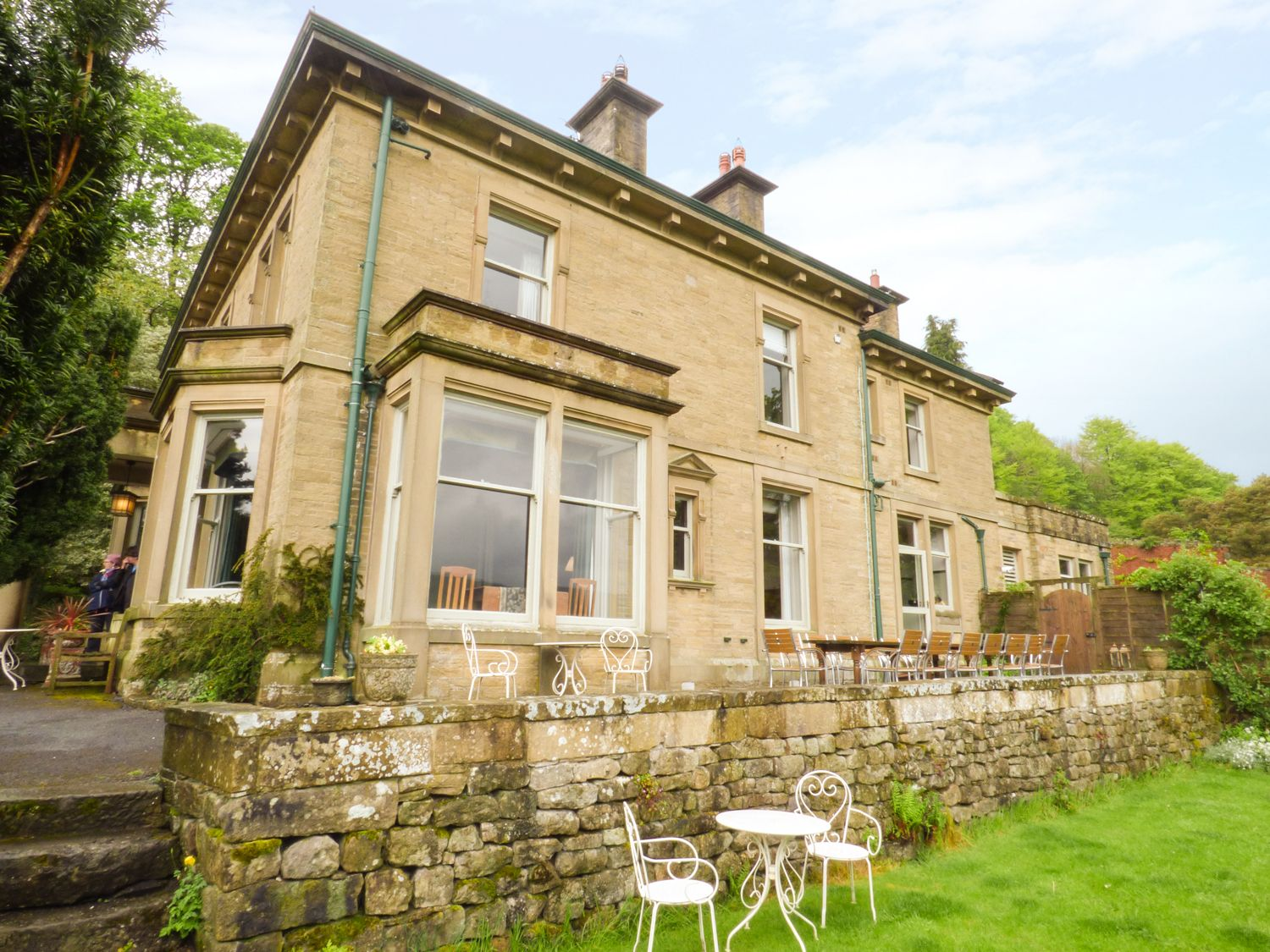 Photo of Woodlands ( Ref 913335 ) Self Catering Accommodation in Giggleswick near Settle North Yorkshire Dales area sleeps 19 people