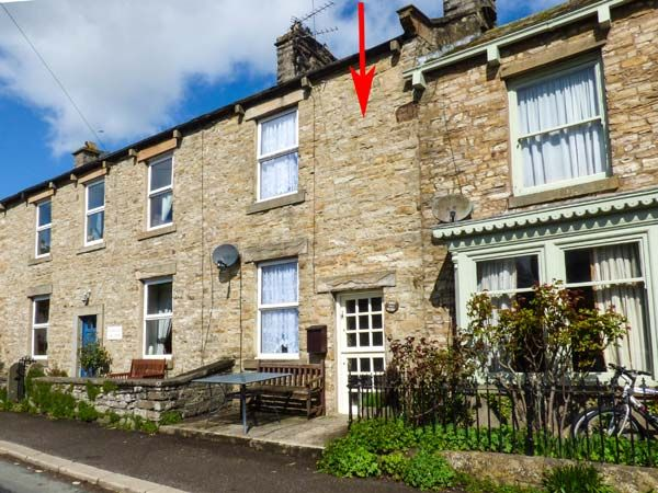 Cherry Tree Cottage Aysgarth ( Ref 915853 ) Holiday Accommodation in Wensleydale North Yorkshire