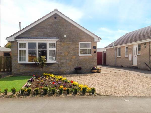 The Hollies Pickering ( Ref 916589 ) Holiday cottage sleeps 4 - Rent self catering accommodation in Ryedale North Yorkshire