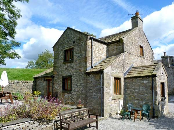 The Coach House ( Ref 9165 ) Holiday Cottage in Giggleswick sleeps 6 people