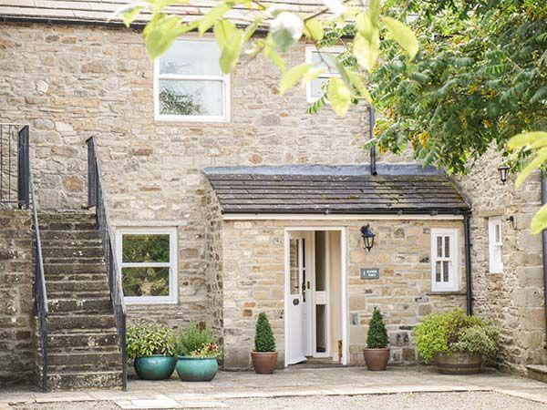1 Manor Barn ( Ref 917882 ) Holiday property in Carperby near Aysgarth North Yorkshire sleeps 6 people