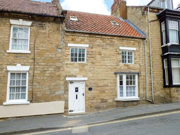 Photo of Castlegate Cottage ( Ref 921306 ) Stay in Pickering holiday cottage sleeps 5 - Self catering accommodation in North Yorkshire