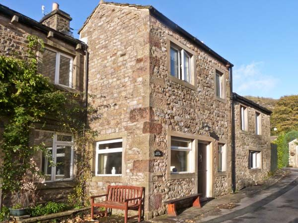 Clifford House Farm Five Bedrooms Sleeps Eleven Guests - Holiday Accommodation in Buckden near Kettlewell North Yorkshire