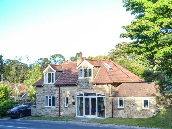 Wyke Lodge ( Ref 926126 ) Holiday cottage in Staintondale near Scarborough - Accommodation sleeps 5 people