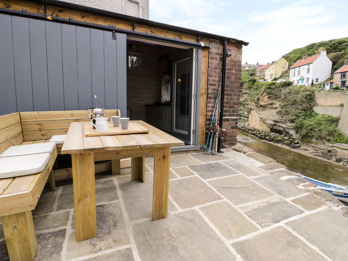 Photo of Old Joiners Shop ( Ref 927817 ) Holiday cottage in Staithes sleeps 2 - North Yorkshire coast accommodation