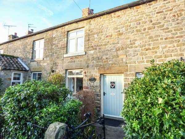 Ashknott Cottage  Kirkby Malzeard  near Ripon   932370  One bedroom    Sleeps 2. Ripon Holiday Cottages   Find quality self catering accommodation