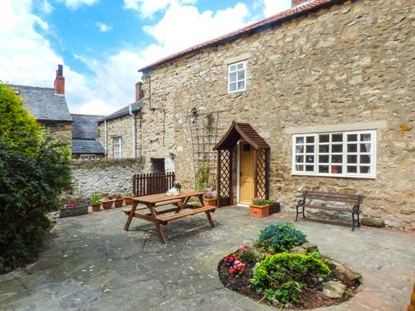 Photo of The Sidings ( Ref 939239 ) Holiday cottage in Pickering Ryedale North Yorkshire - Self catering accommodation