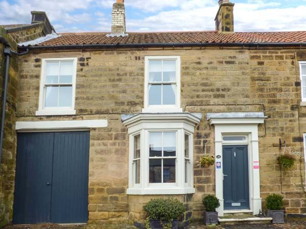Number 10 West End ( Ref 941199 ) Self catering accommodation in Osmotherley near Thirsk sleeps 6